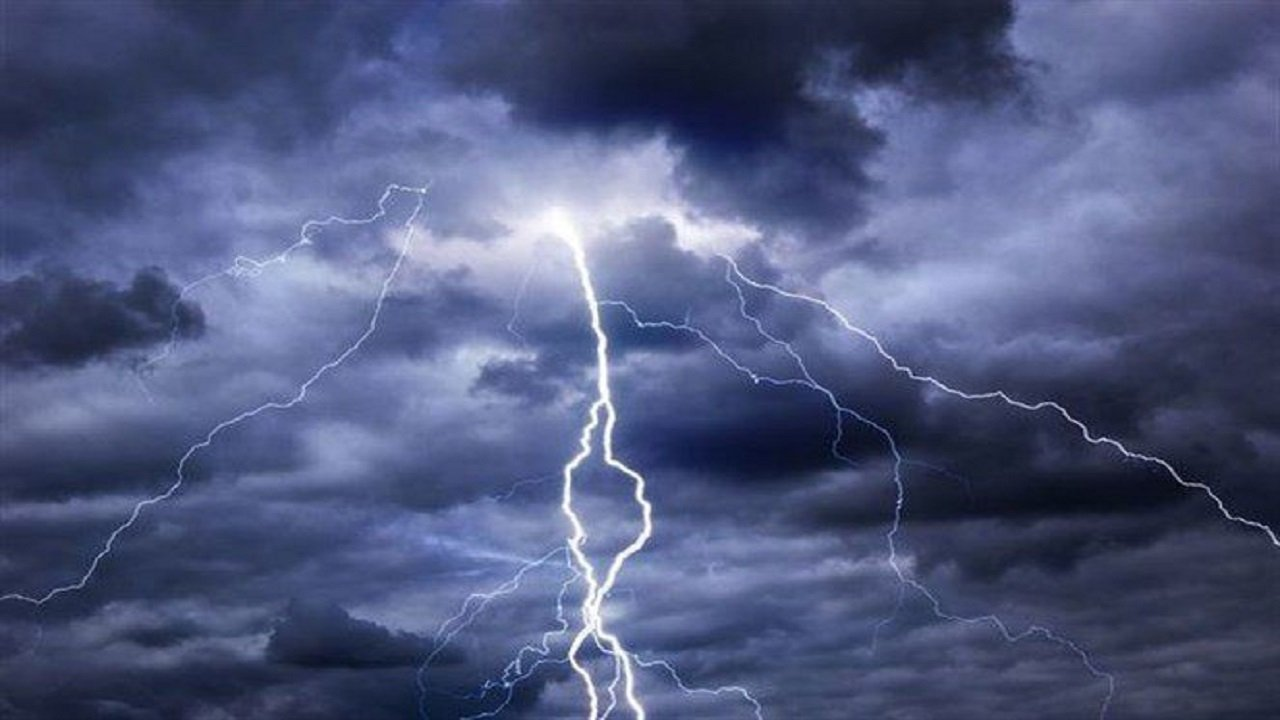تنبيه لمستخدمي طرق المدينة المنورة بسبب هطول أمطار رعدية