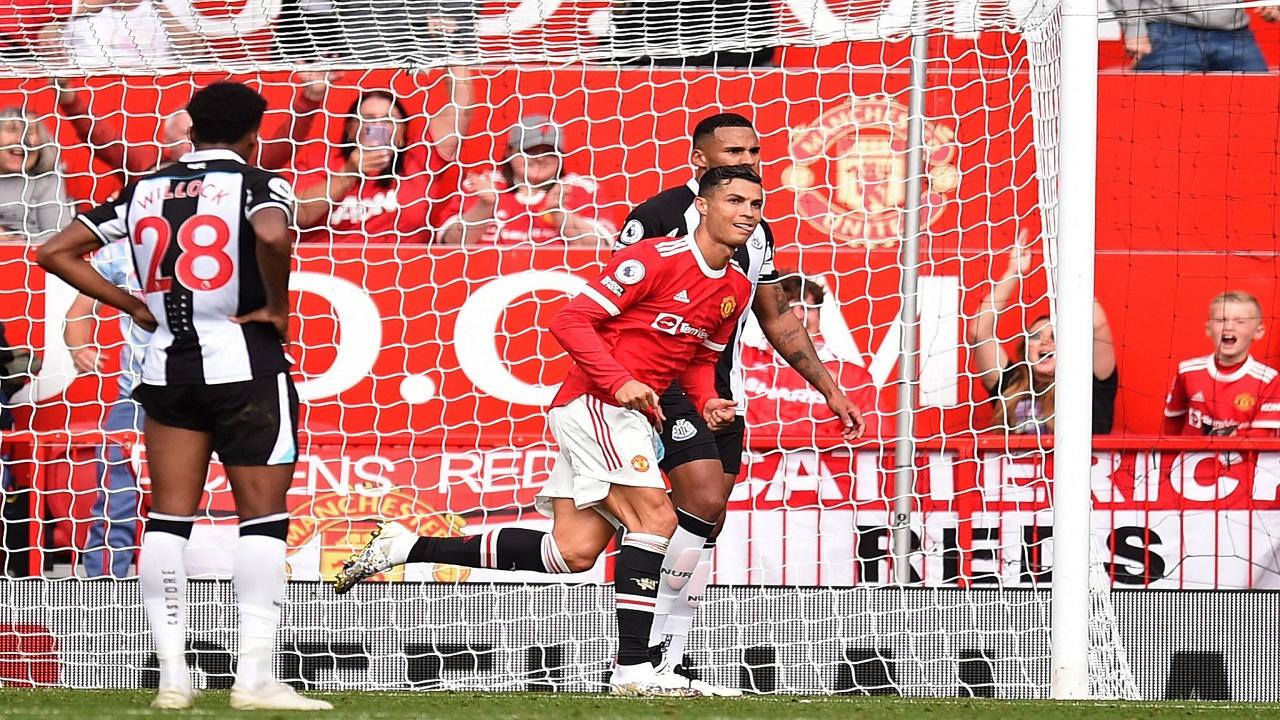 """""""رونالدو"""" يقود مانشستر يونايتد للفوز على نيوكاسل"""