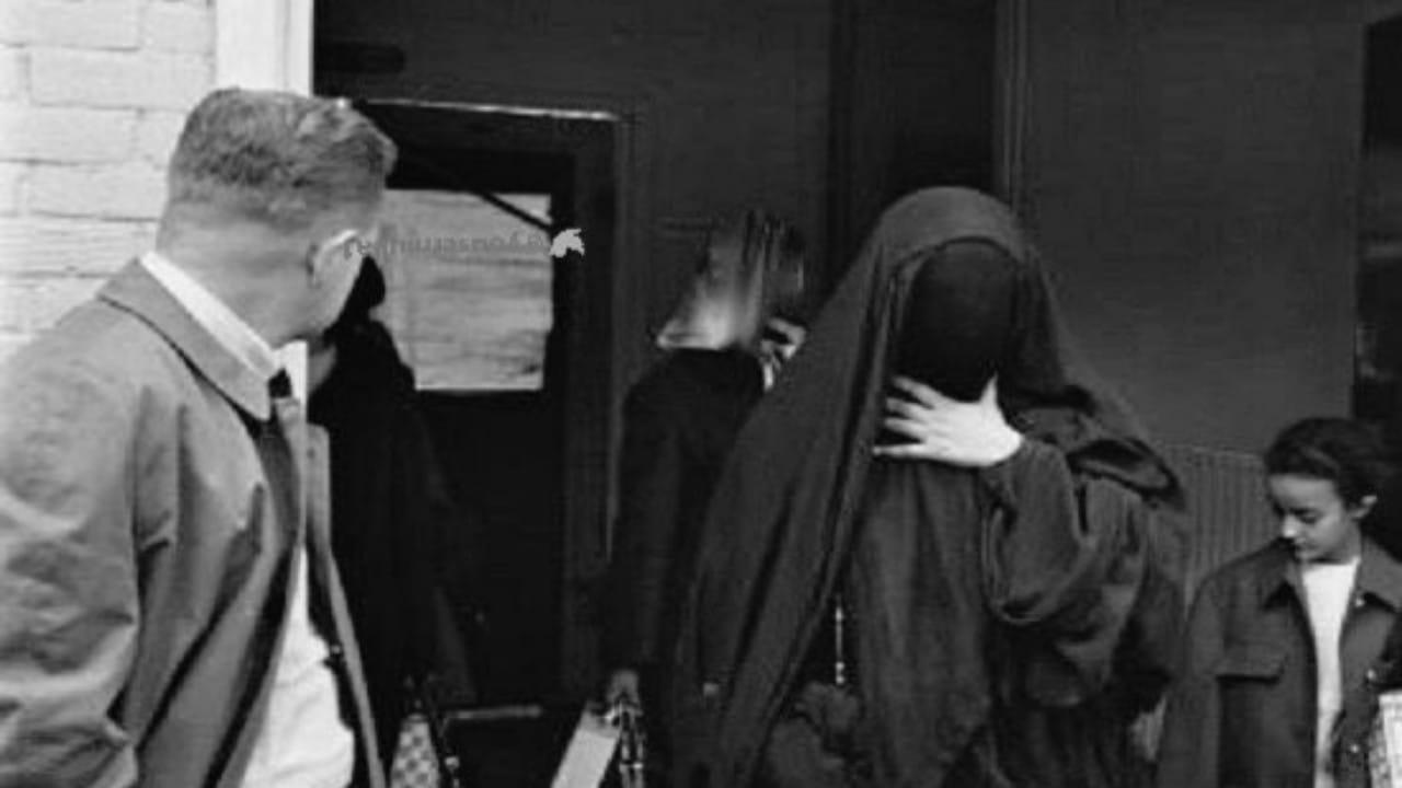 صورة نادرة للأميرةالجوهرة بنت سعود فيمطار أمستردام قبل 56 عاماً