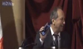 شاهد.. نائب لبناني يفتتح كلمة مجلس النواب بأغنية لـ ملحم بركات