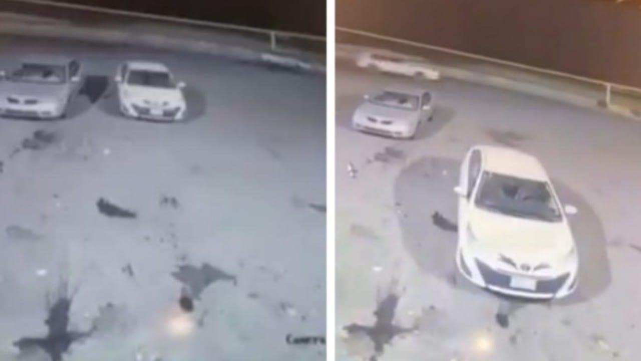 شاهد.. سيارة تتحرك للأمام والخلف بدون سائق بإحدى المناطق في المملكة وتثير الجدل