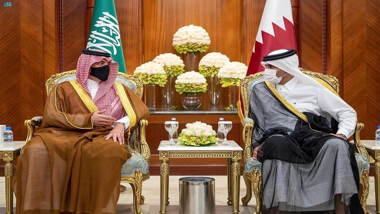 الأمير عبدالعزيز بن سعود يصل إلى قطر في زيارة رسمية