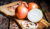 فئة غير مسموح لها بأكل البصل رغم فوائده