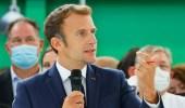 بالفيديو.. شاب يرشق الرئيس الفرنسي بالبيض