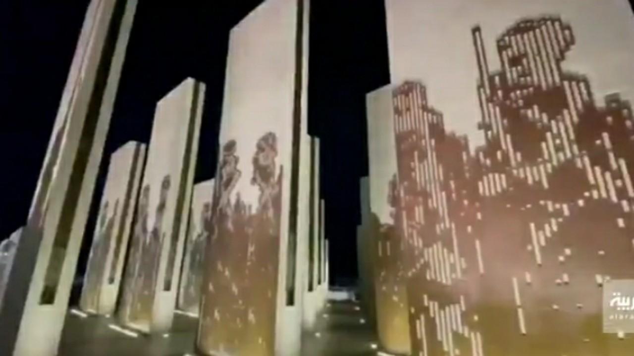 شاهد.. 3 مهندسين معماريين يصممون مجسمًا يحاكي العرضة السعودية