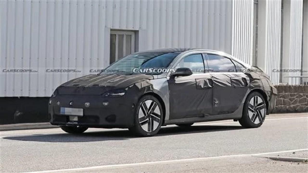 صور تجسسية تكشف ملامح السيارة هيونداي أيونيك 6 الكهربائية 2023