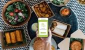 بالفيديو.. خبير يوضح سبب ارتفاع سعر الوجبات بالتطبيقات عن سعرها في المطاعم
