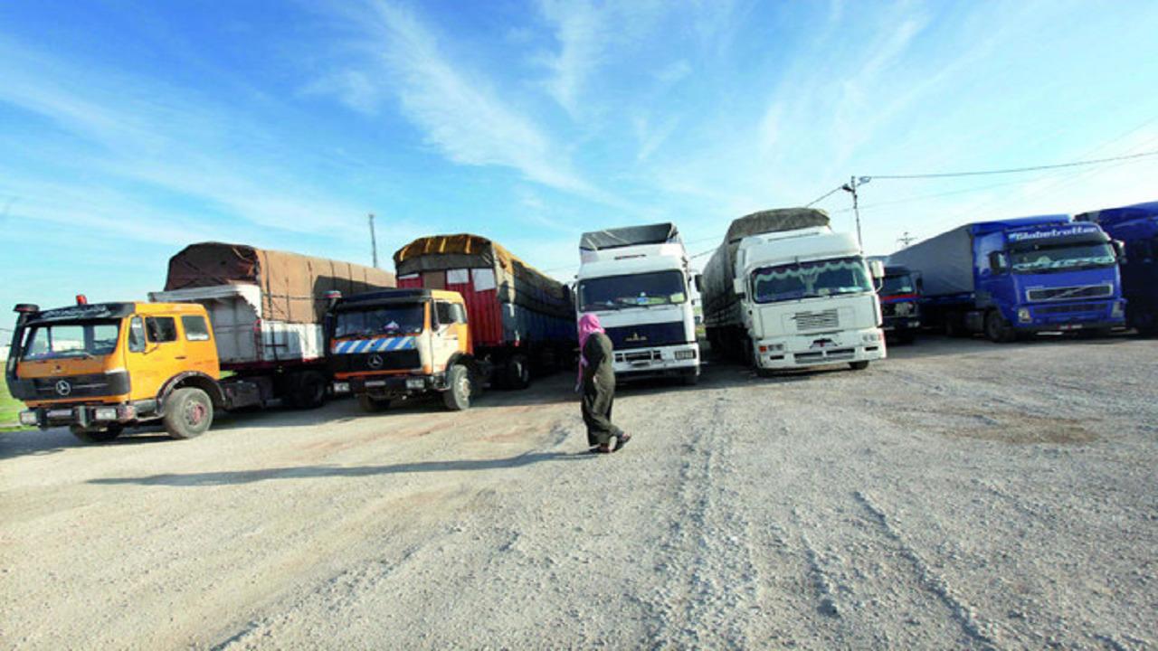 مجلس الوزراء يوافق 10 توصيات لمكافحة ظاهرة التستر حيال شاحنات النقل على الطرق