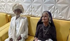 صور.. مسنة تنجب طفلها الأول في سن السبعين