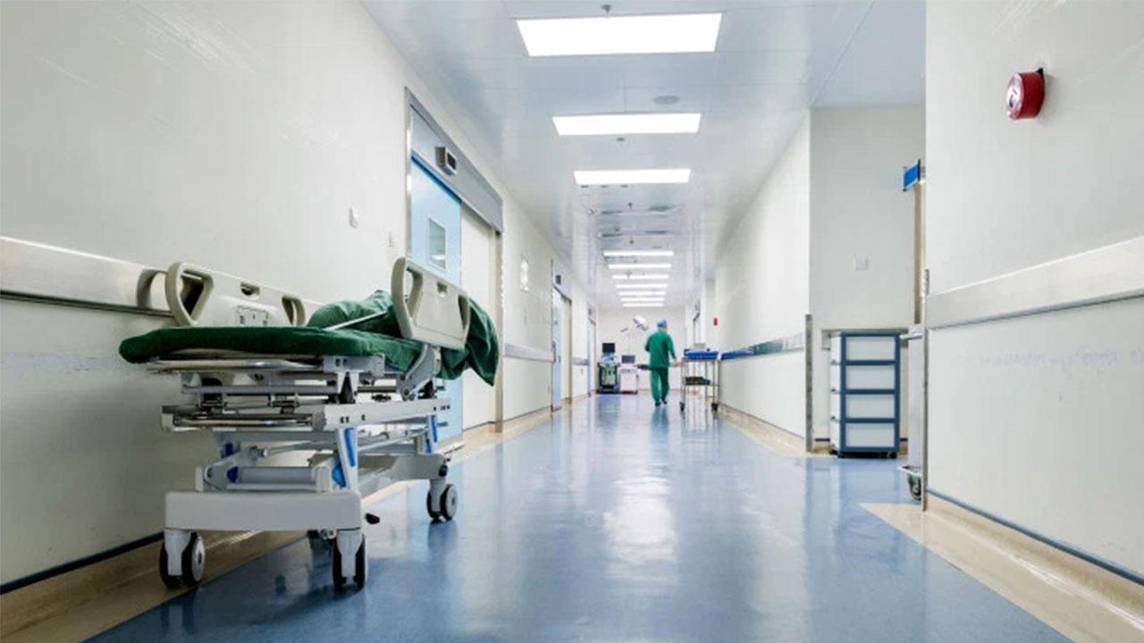 """مريض يشكو رفض مستشفى علاجة و """"صحة الطائف"""" تحقق"""