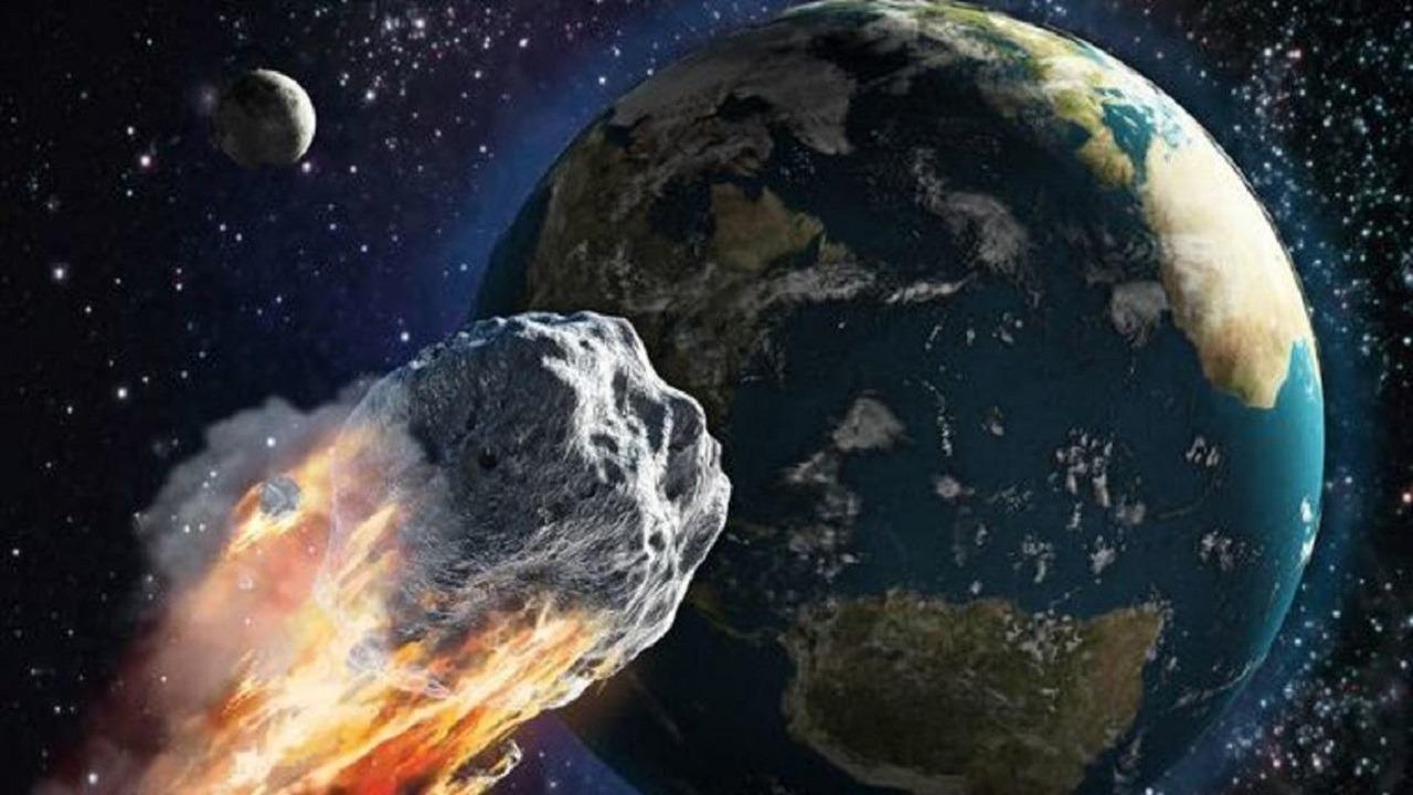 """""""ناسا"""" تحذر: إقتراب كويكب بحجم الهرم الأكبر من الأرض"""