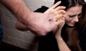 شخص يغتصب زوجته ويصورها عارية والضحية تكشف السبب