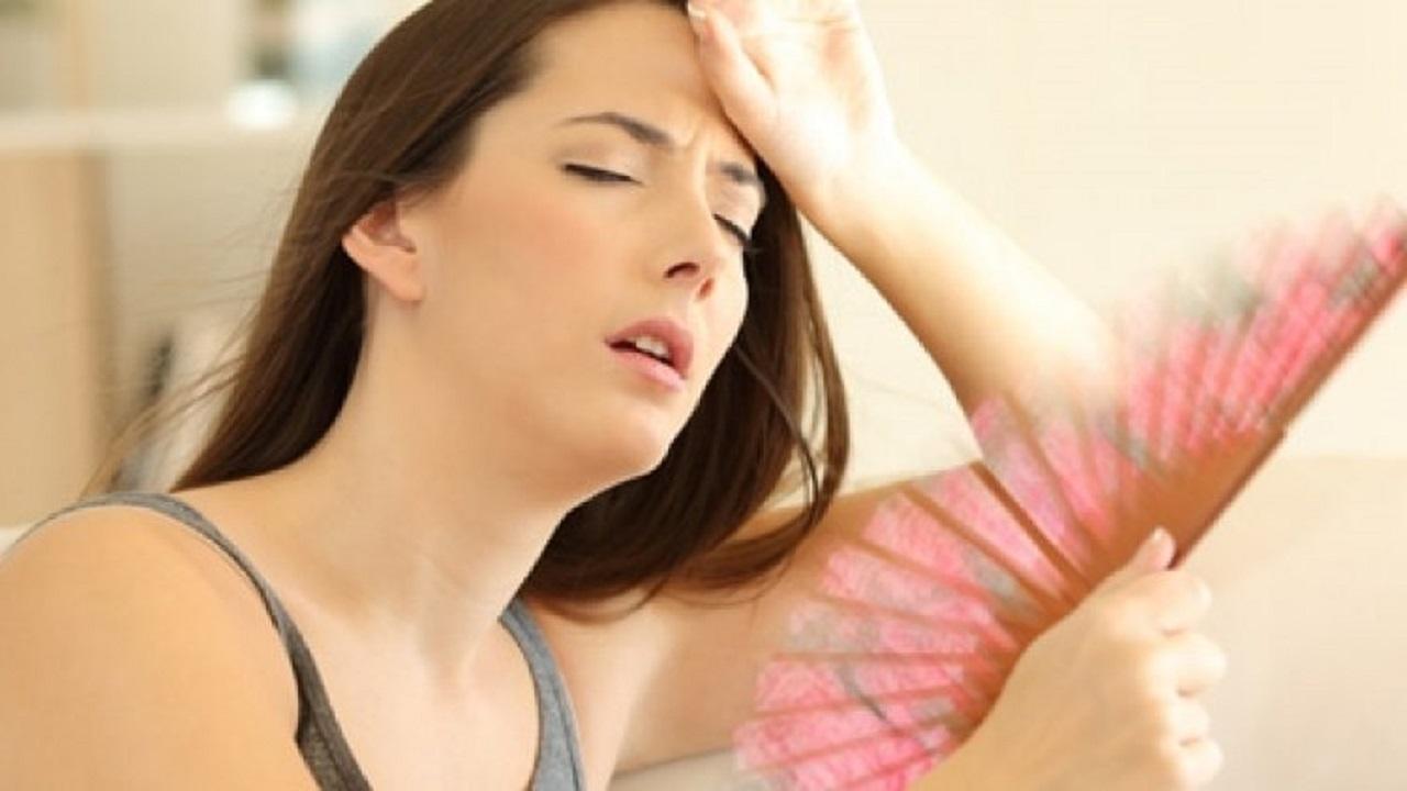 أبرزهم العطش الشديد.. علامات تنذر بمخاطر صحية في جسدك