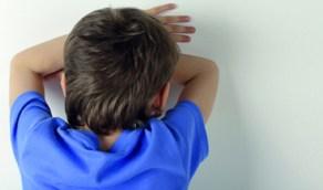 طفل يشرع في قتل جارته!