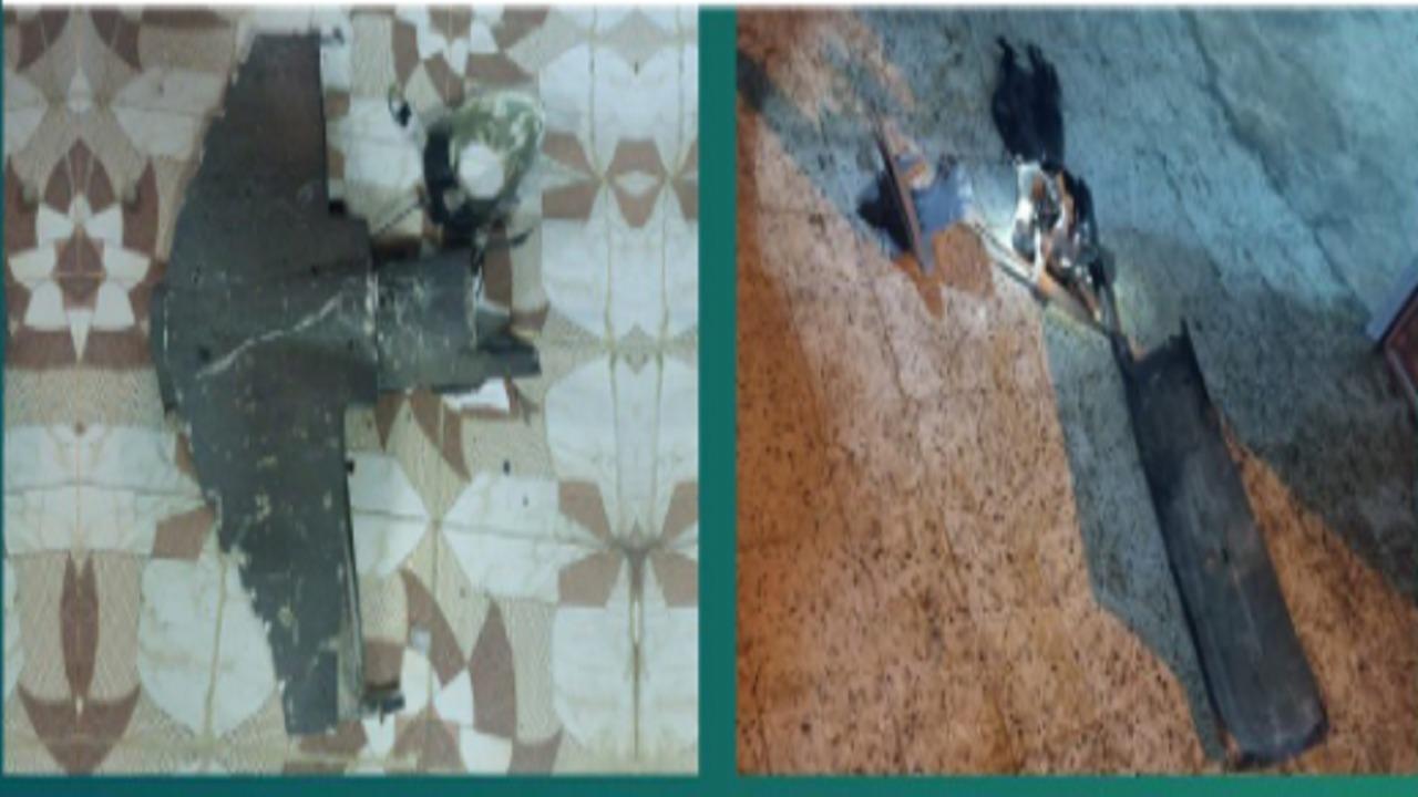 تضرر عدد من المنازل بأحد المسارحة جراء اعتراض طائرة مسيرة حوثية