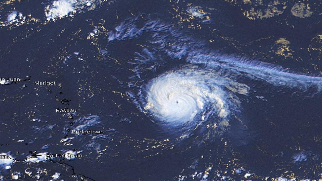 """سفارة المملكة باليابان لرعاياها: """"احذروا الإعصار"""""""