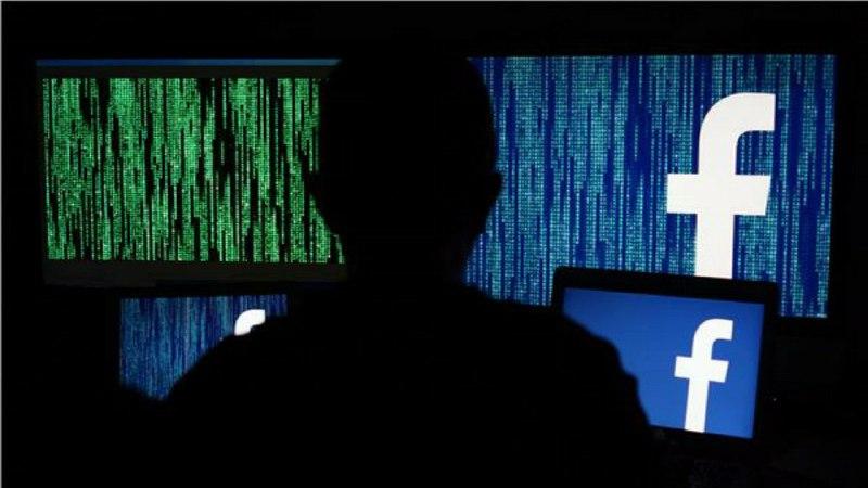 هاكرز صيني وراء توقف فيسبوك وواتساب وانستغرام