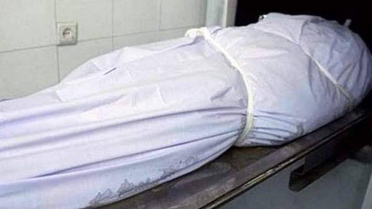 فتاة تستأجر 3 شبان لقتل والدها رميا بالرصاص