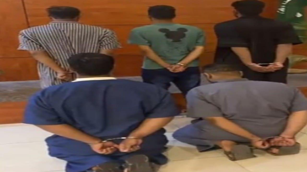 القبض على 5 مواطنين تورطوا في سرقة المعدات والمولدات الكهربائية بالرياض