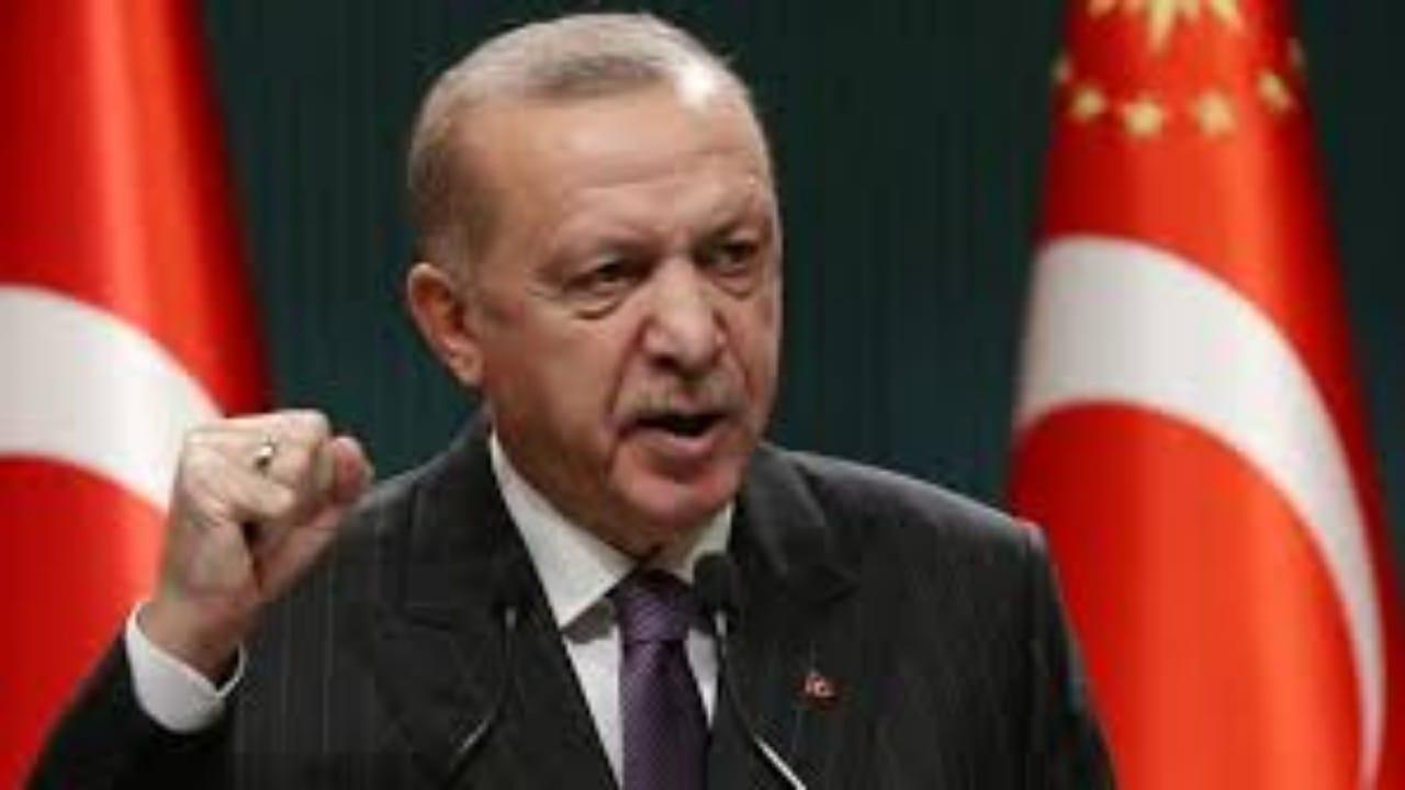 """باباجان يسخر من قرار أردوغان:""""توقفوا عن الإضرار بالبلد"""""""