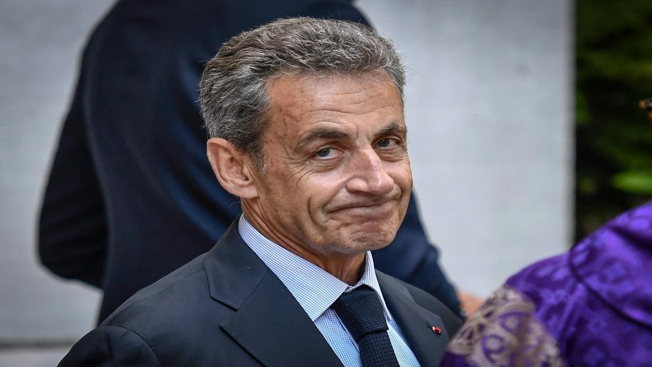 صور.. أول ظهور للرئيس الفرنسي الأسبق بعد صدور حكم بسجنه