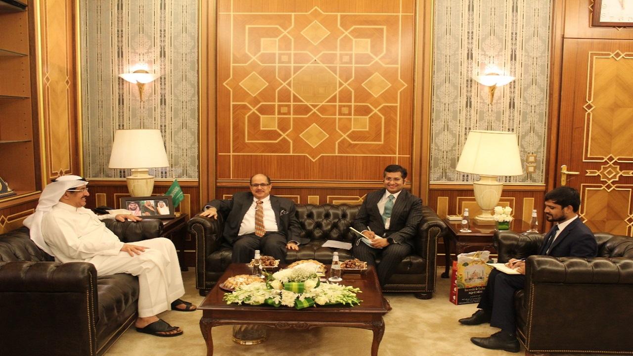 وزير الحج والعمرة المكلف يستقبل سفير جمهورية الهند لدى المملكة