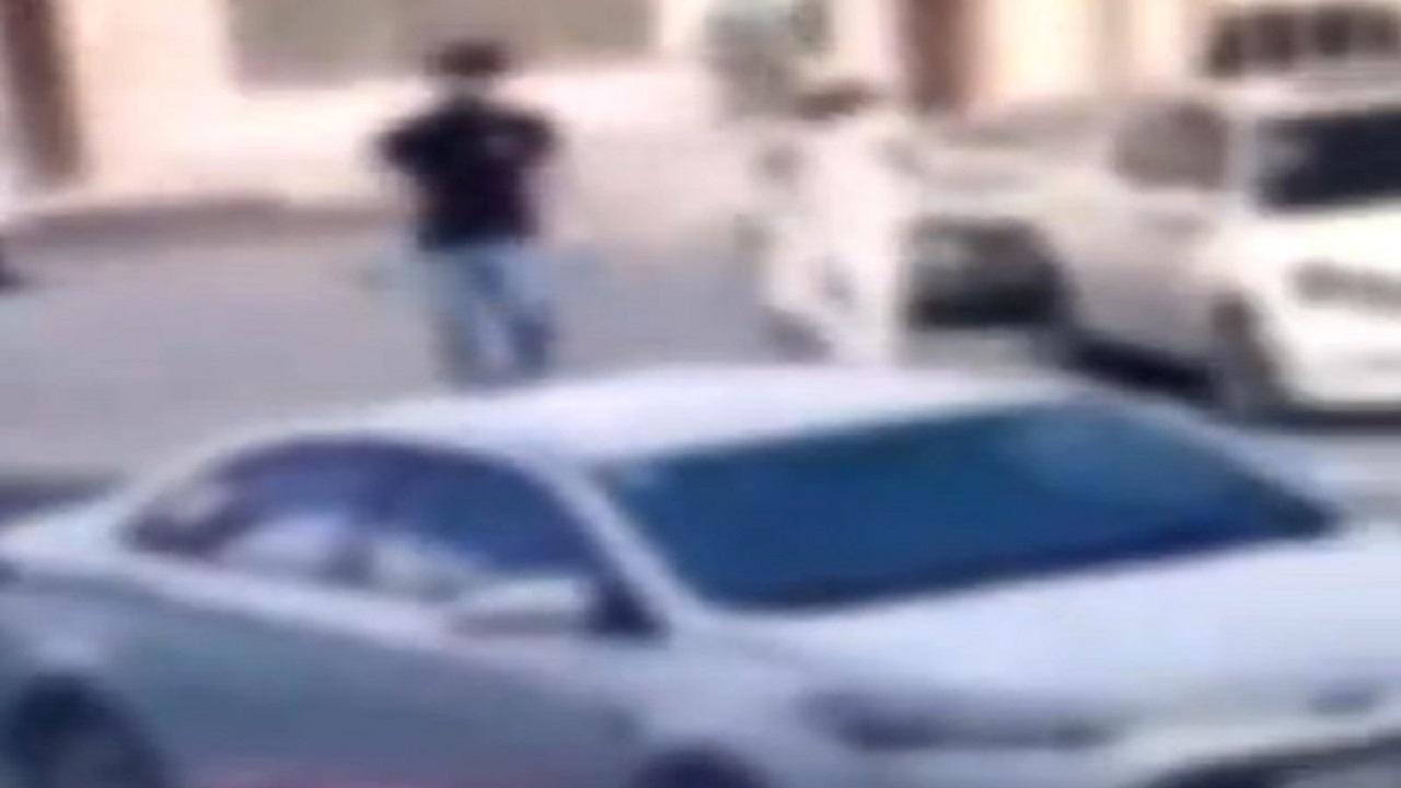 ضبط 3 مواطنين زعموا تعرض مركبتهم للسرقة بحثًا عن الشهرة بمكة
