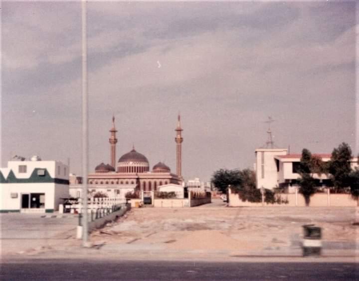 صورة قديمة لجامع ناصر بن زرعة بمحافظة الأحساء