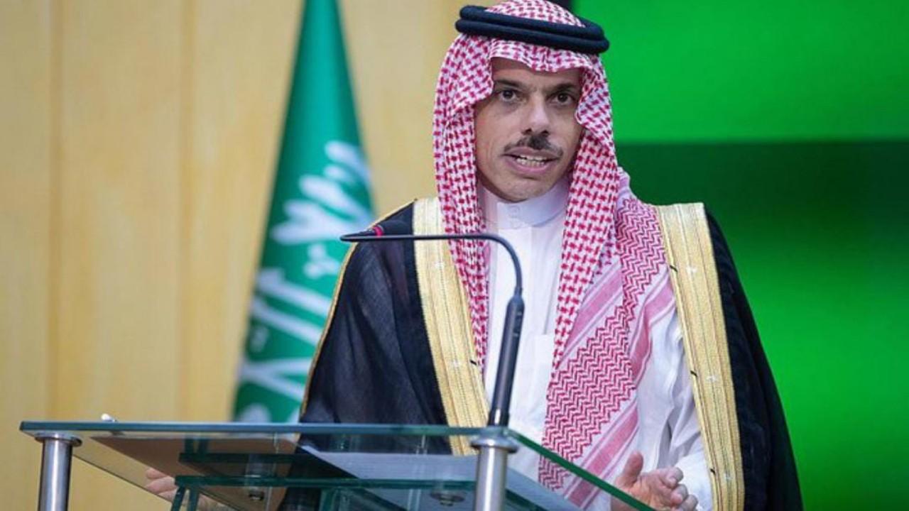 """وزير الخارجية يوضح لـ """"الاتحاد الأوروبي""""  خطورة ممارسات ميليشيات الحوثي في اليمن"""
