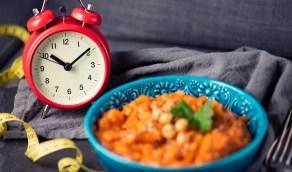 """دراسة: """"الأكل مرة باليوم يحسن الصحة"""""""