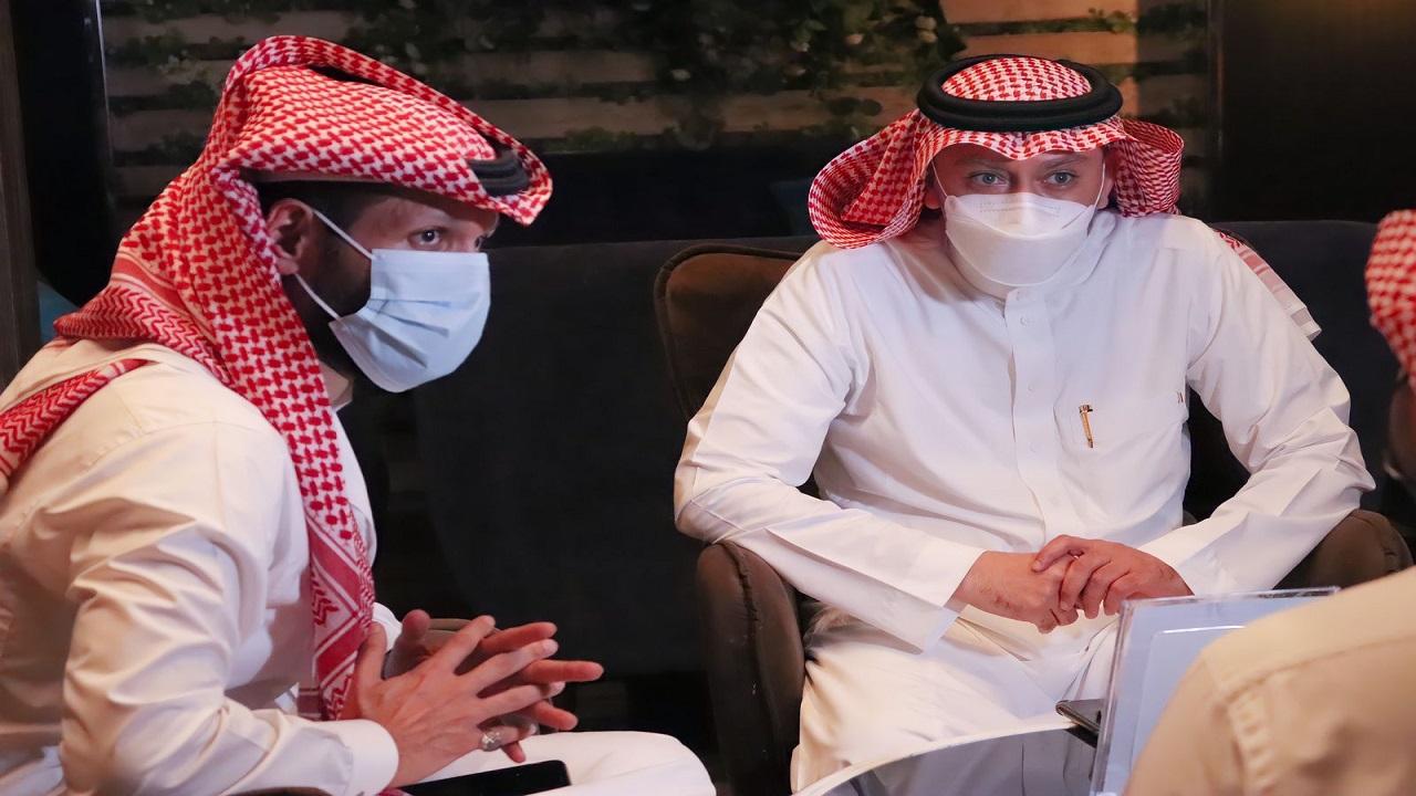 صحة مكة تطلق مبادرة للتحفيز على شرب المياه بكميات كافية