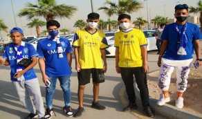 بالصور.. بدء توافد جماهير الهلال والنصر إلى ملعب مرسول بارك لحضور مباراة الديربي