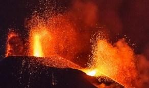 """بركان """"لا بالما"""" يثير المخاوف في مصر"""