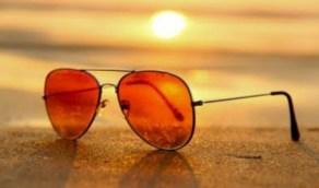 """""""الغذاء والدواء"""" تكشف خصائص اختيار النظارات الشمسية"""