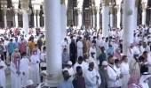 بالفيديو.. اصطفاف المصلين إلى جوار بعضهم في المسجد النبوي