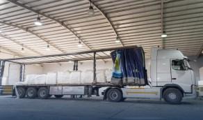 """إحباط محاولة تهريب 5.2 مليون حبة كبتاجون """"مطحونة"""" داخل شاحنة بمنفذ الحديثة"""