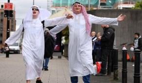 قرار جديد من نيوكاسل بشأن ارتداء جماهيره الزي العربي