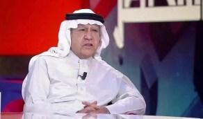 الحمد: قد لا يحسن السعودي ارتداء بدلة لكنه يجيد التعامل مع تقنية العصر