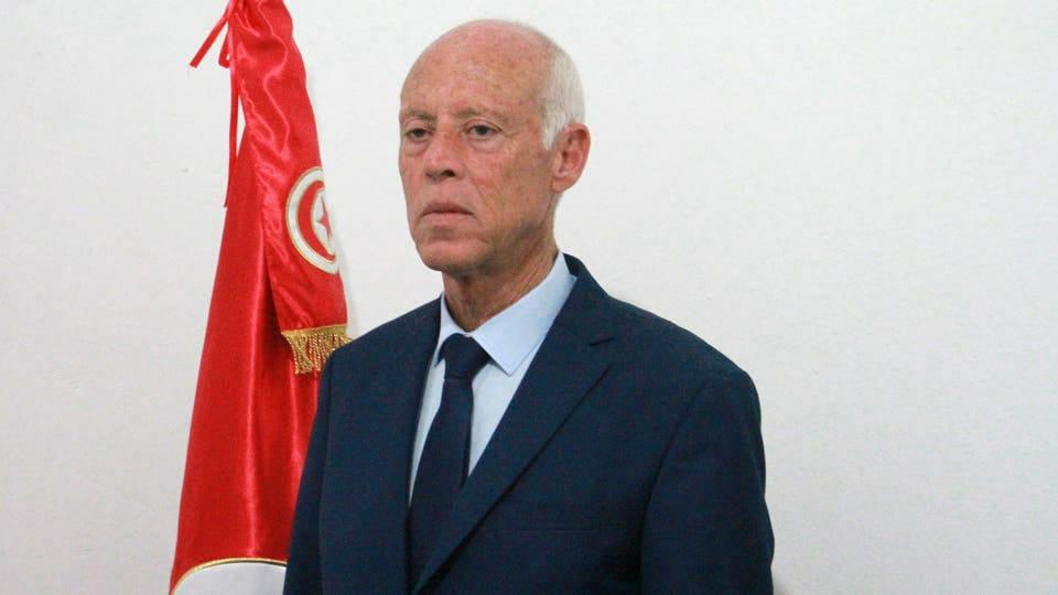 """الرئيس التونسي يهدد بسحب جواز السفر الدبلوماسي من """"المررزقي"""""""