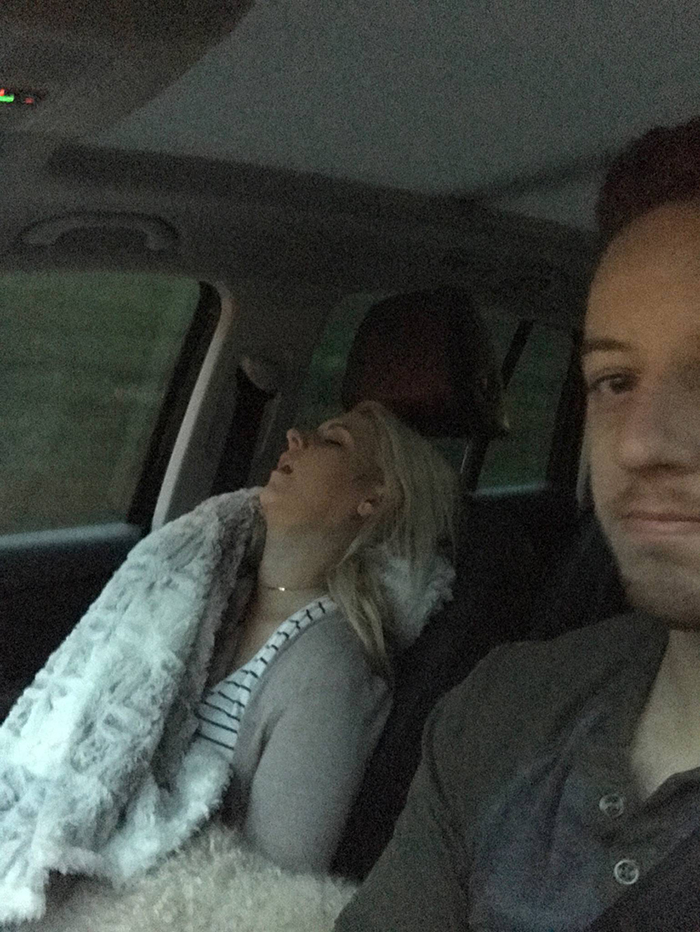 road-trip-sleeping-wife-pictures-husband-mrmagoo21-6-5a434c8719ad1__700