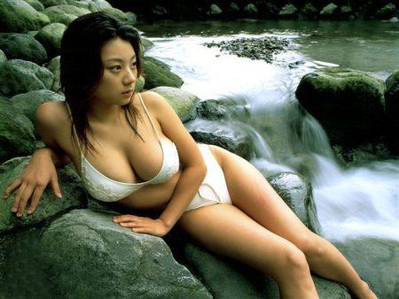 「小池栄子 グラビア」の画像検索結果