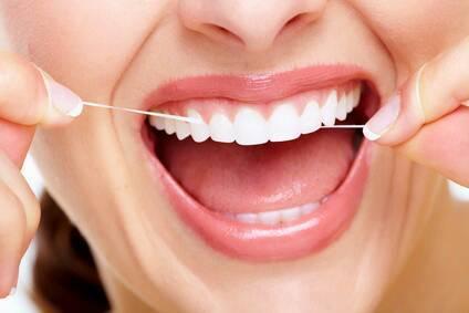 「歯磨き 糸ようじ」の画像検索結果
