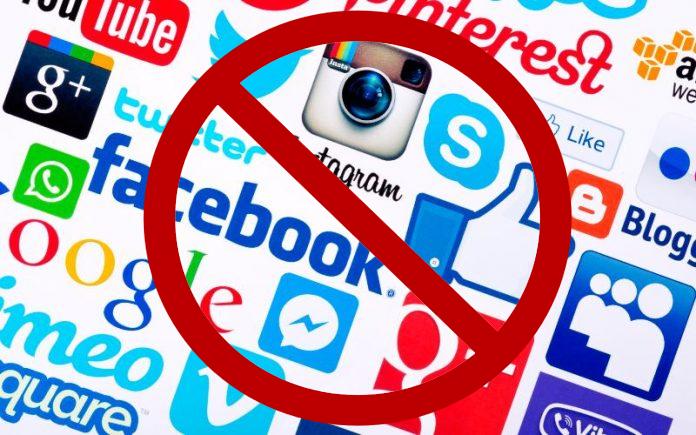 Resultado de imagen de bloquear redes sociales