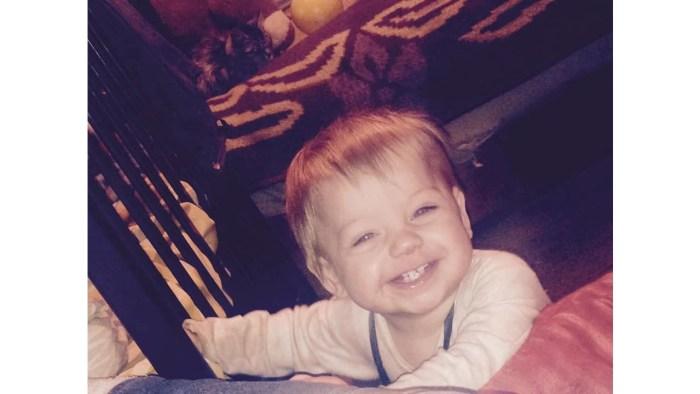 Bebé de um ano morre ao cair em balde de água a ferver - Mundo ...