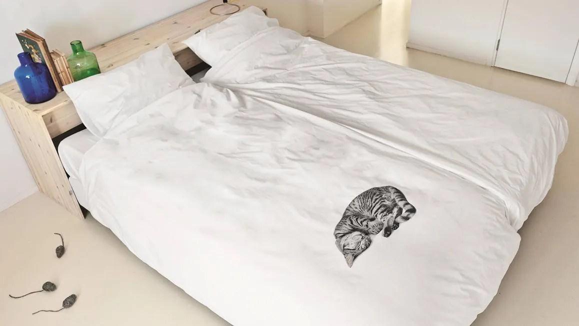 SNURK Ollie dekbedovertrek  leuk dessin met een kat