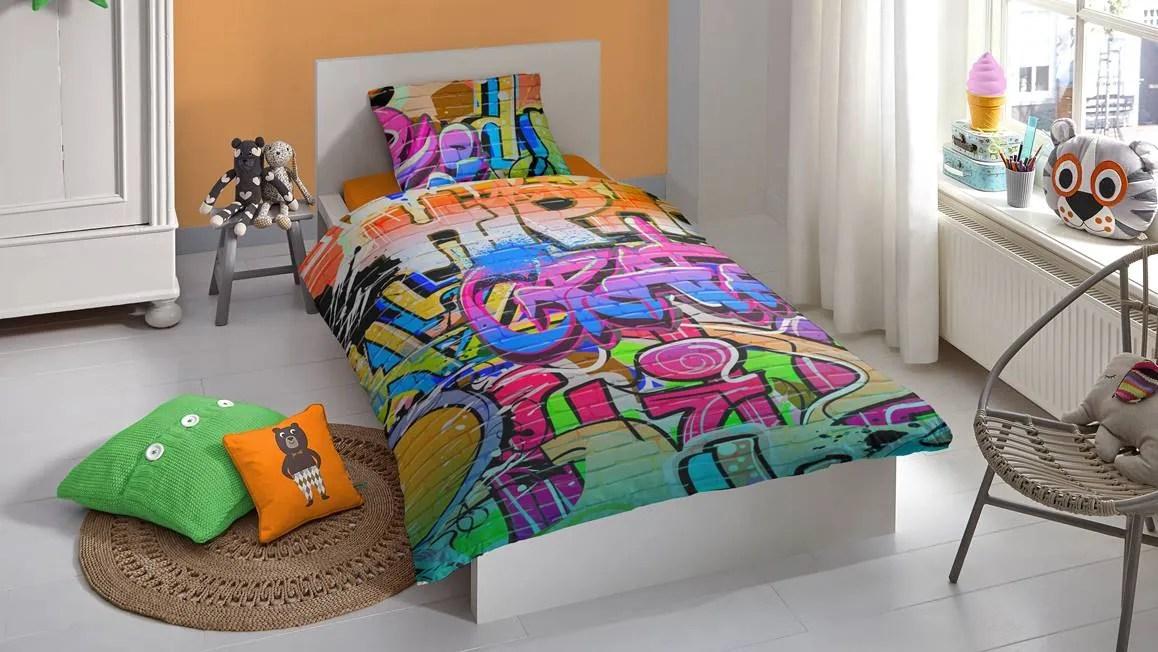 Graffiti dekbedovertrek  multi  Smulderstextielnl