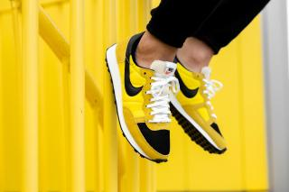 Nike Challenger OG 'Opti Yellow' .00