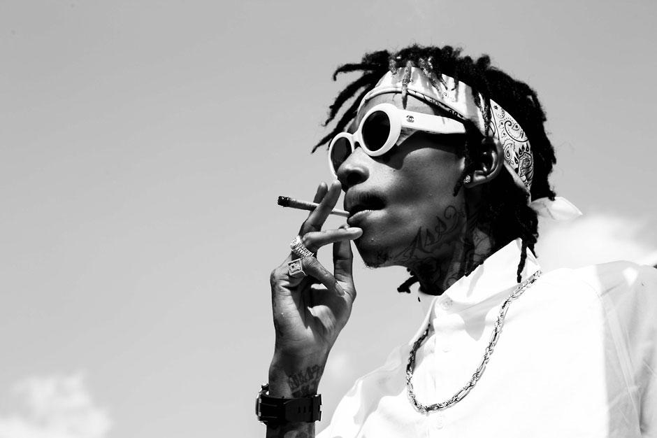Turn Up for What Wiz Khalifa Shrugs His Way Through