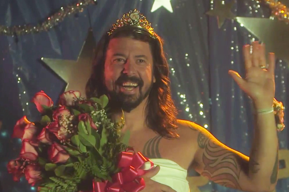 The Black Pearl Wallpaper Foo Fighters Spoof Carrie For Best Als Ice Bucket