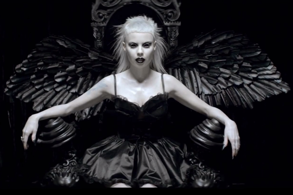 https://i0.wp.com/static.spin.com/files/141104-die-antwoord.jpg